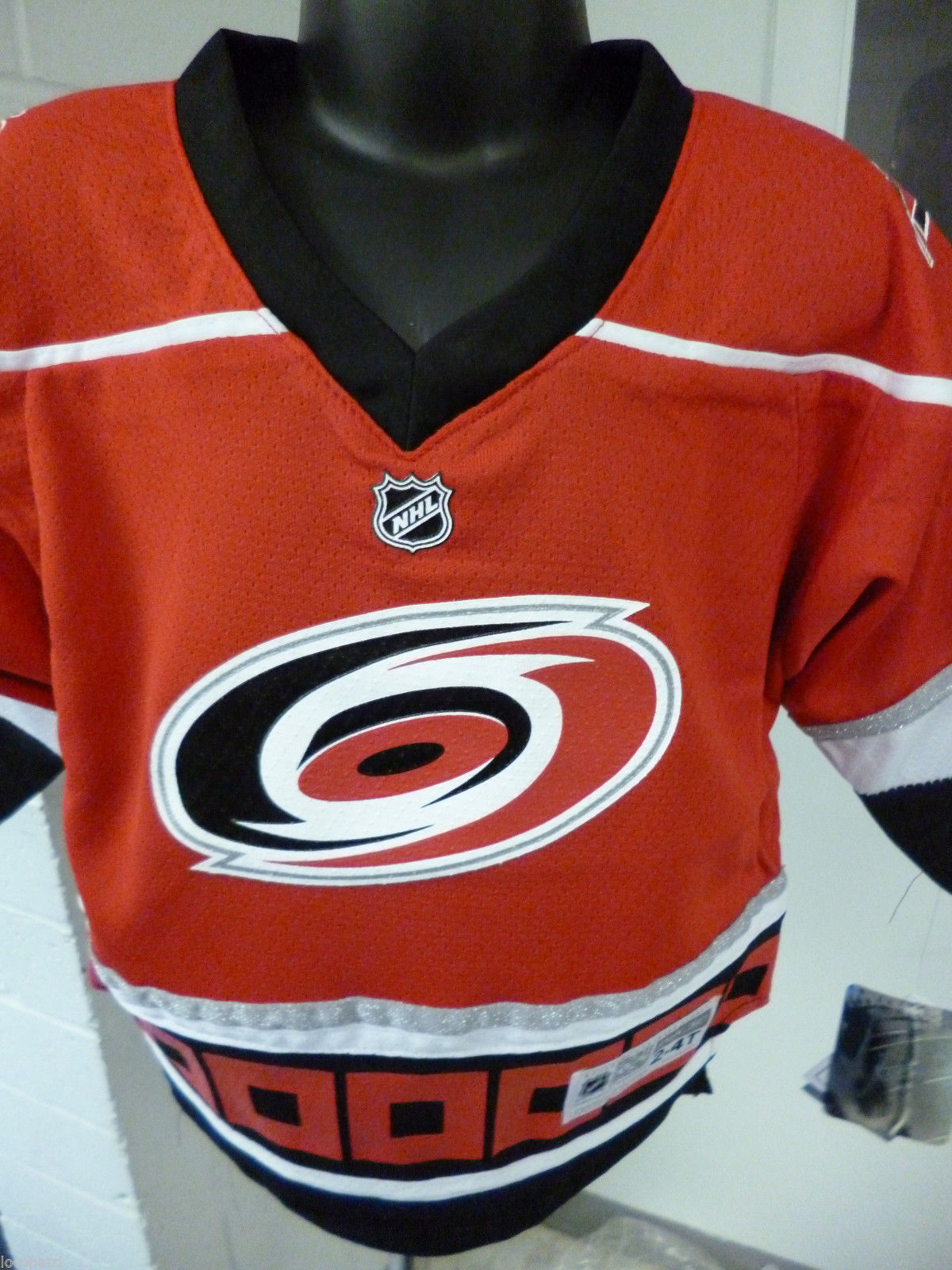 Reebok NHL Carolina Hurricanes Toddler Hockey Jersey NWT $50 2T-4T